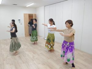 【開催報告】第9回ABC女子会  ~「カルチャースクールFu.T.A.E」はじめてのフラダンス講座~
